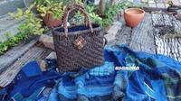 古い葡萄籠に中袋付けて完成 - 古布や麻の葉