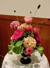 松屋銀座外商・ロイヤルカスタマーズのみなさまに、 「フラワーアレンジメントの体験会」をさせていただきました。 - Bouquets_ryoko