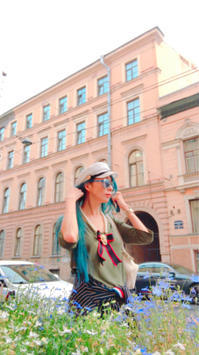 ペテルブルクに来ると 良く連んでますが、、、 - 魔女はやんちゃなバレリーナ
