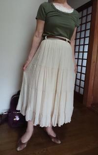 8月4日、70代。ティアードスカートにコーディネートをする - 楽しく元気に暮らします