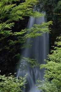 清涼に 小中(こなか)大滝  - 風の彩り-2