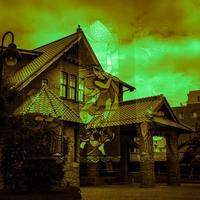 踊り子を内包する和洋折衷住宅 - Silver Oblivion