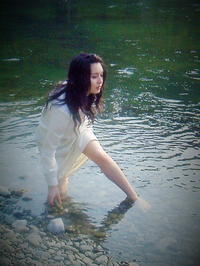 In the river - 天野主税写遊館