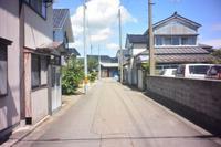 鶴岡市三光町の高右衛門小路 - 「 ボ ♪ ボ ♪ 僕らは釣れない中年団 ♪ 」Ver.1