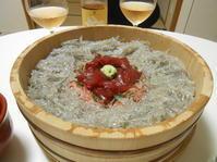 今までで一番に近い生しらすかも。 - のび丸亭の「奥様ごはんですよ」日本ワインと日々の料理