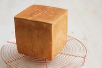 「生食用 絹食パン」が、激しく四角 - Takacoco Kitchen