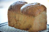 レーズン食パンと干しえのきご飯 - ゆずぱん日記
