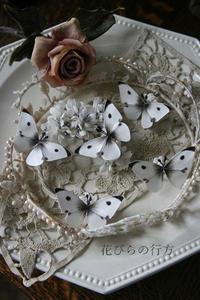 モンシロチョウを作る~イヤリング・指輪にしています - 布の花~花びらの行方 Ⅱ