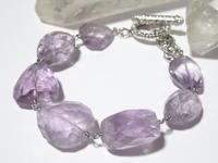 ラベンダーアメジストのブレスレット - Iris Accessories Blog