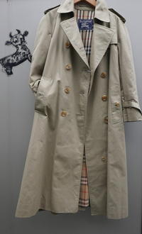 Burberry trench coat - carboots