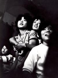 <不良少年とくそじじい>1960年有楽町 - 写真家藤居正明の東京漫歩景