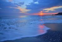 日の出の瞬間 - 天野主税写遊館