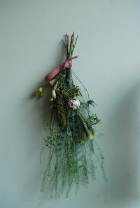 スワッグのワークショップ終了しました。 - 花と暮らす店 木花 Mocca