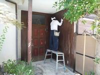 空き屋リフォーム~玄関、戸袋など塗り替えして終了になりました。 - 市原市リフォーム店の社長日記・・・日日是好日