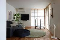リビングの模様替えと高塚和則さんの壁掛け棚 - シンプルで心地いい暮らし