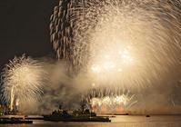 横浜夜景と共に見る関東最大級の20,000発の新しい花火大会 - エーデルワイスPhoto