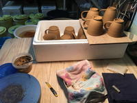 いろいろ入り乱れたウサジ工房 - 週末陶芸家 フジサキウサジ
