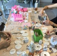 夏休み終わりのアロマストーンレッスンレポート - 芦屋・西宮・神戸 毎日キラキラしていたいあなたのための☆資格のとれるお教室 グルーデコ®︎、ハンドメイドアクセサリー、アロマストーン 創意飾品工作室 atelier maya