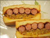食パンで作るホットドッグ - 人形町からごちそうさま