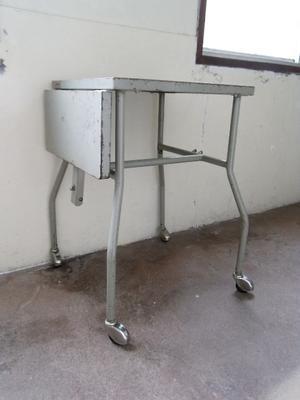 サイドテーブル・キャビネット -