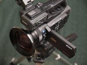 SONY PXW-Z90とワイコン OLYMPUS WCON-08B -