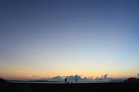 夜明け。 - 青い海と空を追いかけて。