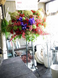 厚別中央1条のネイルサロンの開店にスタンド花。2018/09/13。 - 札幌 花屋 meLL flowers