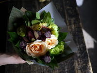 ご両親の33回目のご結婚記念日に花束。2018/09/17。 - 札幌 花屋 meLL flowers