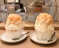 そふ珈琲の桃ミルクかき氷と、キャンベルアーリーのいちじくパフェ - ゆるゆると・・・