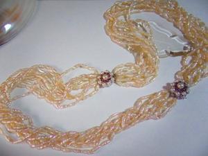 8連真珠ネックレス糸替え -