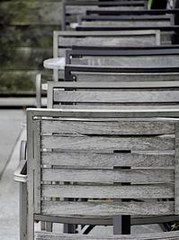 椅子の背 - 四十八茶百鼠