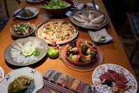 ピザとタルトでお祝い - 二つの台所