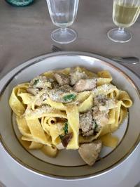 気負わず美味しい〜ポルチーニ茸のフェットゥチーネ - ローマの台所のまわり