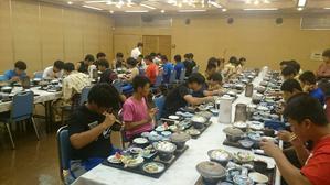 全道大会2日目・夕食 - 旭川龍谷高校 ラグビーフットボール部