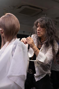vol.108「中来田 次郎の仕事」 - Monthly Live    営業後の美容室での美容師による単独ライブ