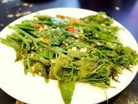 「大連飯店」@トンローsoi3の羽根付き餃子 - 明日はハレルヤ in Bangkok