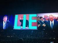 U2 eiTour マドリード1 鏡の向こうのダーリン - 自由が丘ゴーヤ育成会(映画『ボヘミアン・ラブソディ』のレミ、U2ボノと意外な接点があった)