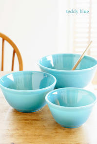 vintage milk glass blue bowls ミルクガラス ブルーボウル - teddy blue