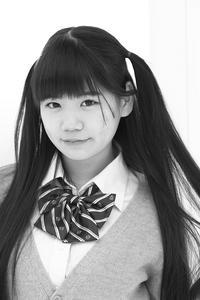 三浦彩楓ちゃん17 - モノクロポートレート写真館
