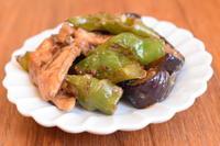 小皿つまみ*なすと鶏肉の紫蘇味噌炒め - 小皿ひとさら