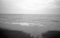 9月の浜辺(その2) - そぞろ歩きの記憶