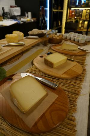 9月のチーズ教室、終了しました! - 月とシャンパーニュ in Singapore