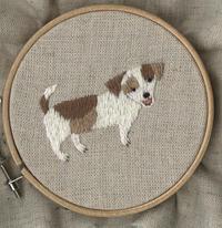 「笑う三毛犬君」の刺繍をしました。 - vogelhaus note