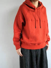 unfilcotton-terry cropped hoodie / chinese red - 『Bumpkins putting on airs』