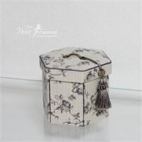 マチの開く六角形の箱できました♪ - Atelier Petit Trianon   *** cartonnage & interior ***
