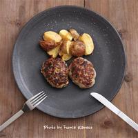 肉汁たっぷりタルタルステーキ - ふみえ食堂  - a table to be full of happiness -