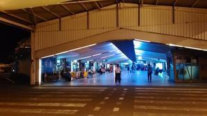 国際空港からフルマーレと首都マレ島行き バスの時刻表 -