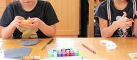 2人でハロウィンガーランド作り - 大阪府池田市 幼児造形教室「はるいろクレヨンのブログ」