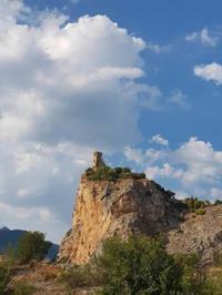 カプローナの塔 - Via Bella Italia ベッライタリア通りから