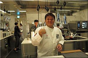 RED U-35 2019 U-35世代が目標とする料理人50 - AQB59 レストランをめぐるグルメのめくるめくメルクマール (早口言葉)